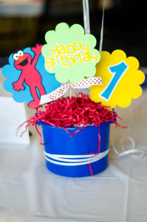 Sesame Street birthday centerpieces